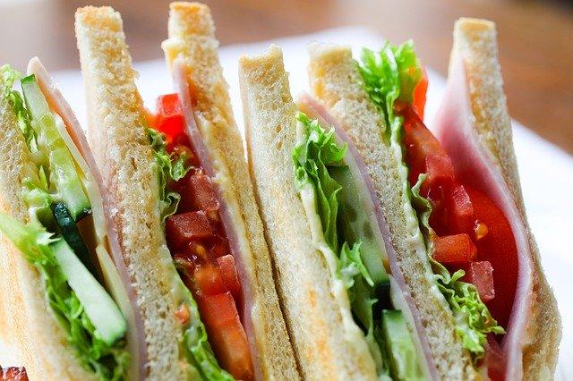 הזמנת סנדוויצ'ים - למה עדיף להזמין?