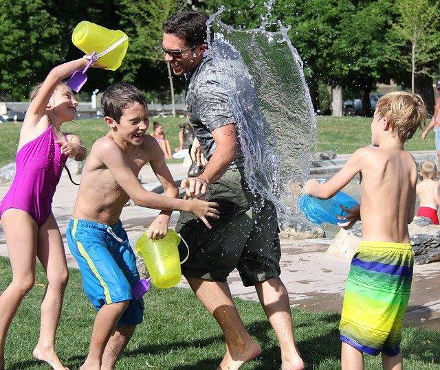 איך לפתח את המיומנויות של הילדים גם במהלך חופשת הקיץ?