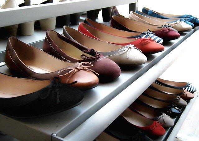 להתראות נעלי עקב, שלום לנעליים השטוחות