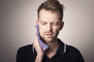 נזק עצבי בשיניים